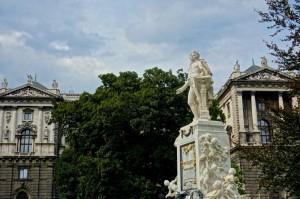 Mozart sculpture in Burggarten