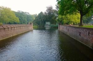 Note the romantic bridge in the trees