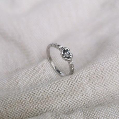 1-princesse-spinella-spinelle-diamants-or-blanc-creation-unique-landy-joaillerie-la-rochelle