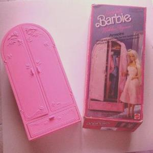 armadio di barbie anni 80