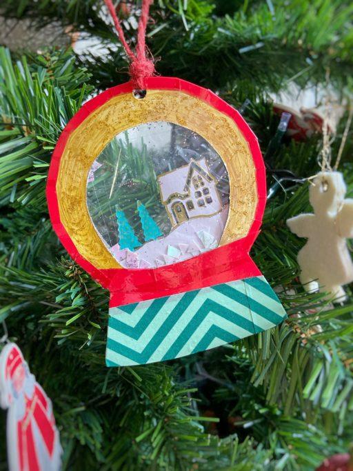 palla di neve decorazione natalizia