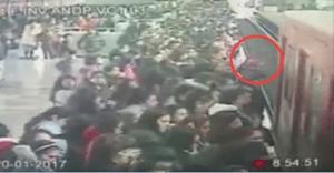 Cámaras de seguridad captan el momento en el que una mujer se arroja a vías del Metro Indios Verdes