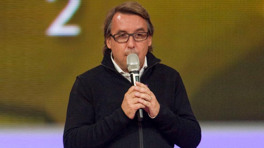Emilio Azcárraga podría renunciar a Televisa por crisis