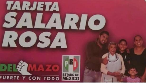 Dan tarjetas Salario Rosa a cambio de votos por Alfredo del Mazo