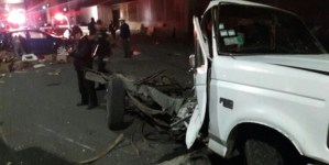 Tráiler se queda sin frenos y choca contra 9 autos en la México-Puebla