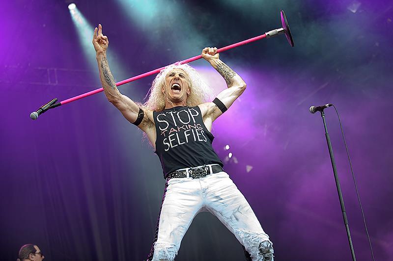 Dee Snider, Las discográficas murieron, el rock and roll no