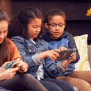 Videojuegos para niños, que juegos son los mas recomendados según su edad, tanto para PS4, Xbox, Nintendo Switch, PC, celulares o tablets