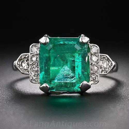 418 Carat Art Deco Emerald And Diamond Ring