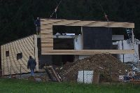 10 - Passivhaus Pettenbach - Montage Gebäudehülle - Süd Fassade EG - 01