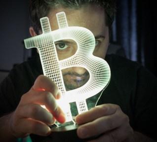 lampe bitcoin languedegeek