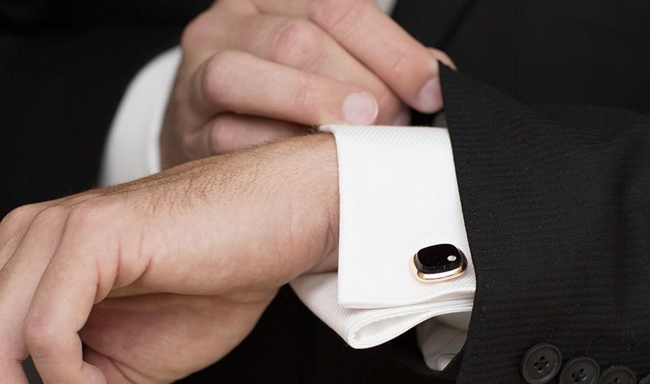 purchase cheap bfad1 1e6aa Scegliere una camicia per il matrimonio: colore, tessuto ...