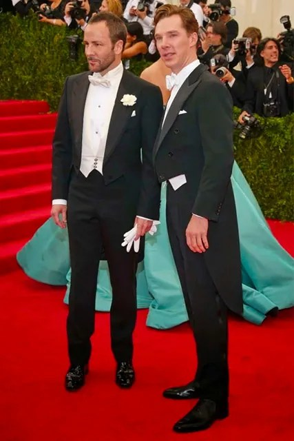 Tom Ford and Benedict Cumberbatch wearing a tailcoat on the Red Carpet