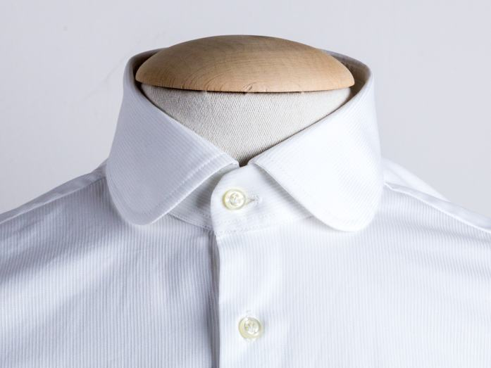 Colletto club tondo per la camicia