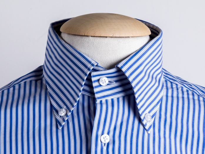 Colletto button down lungo per la camicia