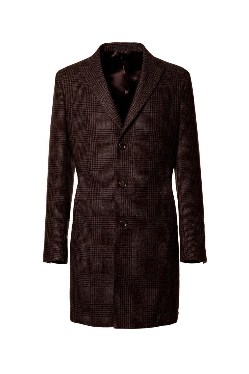 cbdcd0727230 Realizzato in Italia da un morbido tessuto in lana il cappotto Marrone  Principe di Galles è nato per dare un tocco di eleganza al guardaroba  invernale.