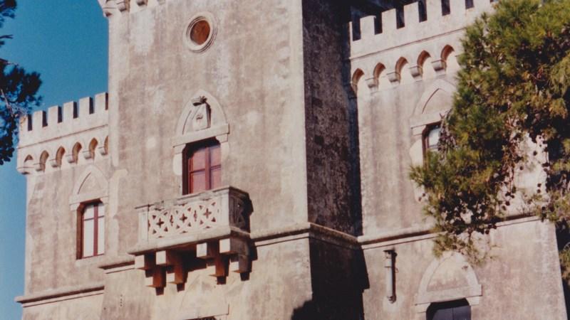 Testa dell'Acqua, il castello Oliva