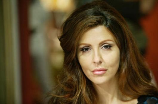 Sabrina Ferilli Poltrone e Sofà Foto