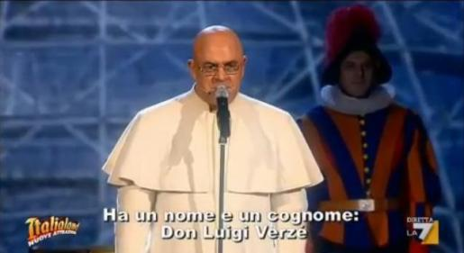 Maurizio Crozza imita il Papa
