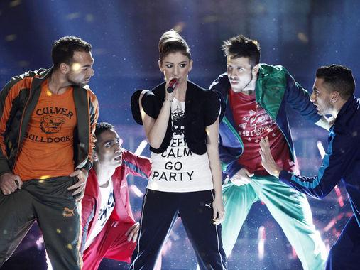 Nicole in una esibizione a X Factor 5 foto