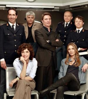 foto del cast di Distretto di polizia 11