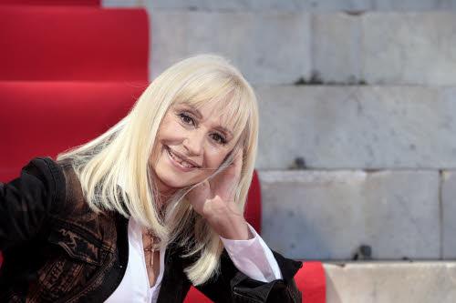 Raffaella Carrà presenta Mamma mia