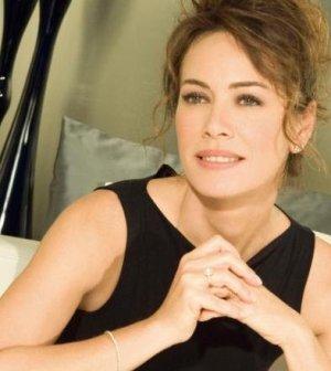 L'attrice Elena Sofia Ricci entusiasta del successo di Che Dio ci aiuti