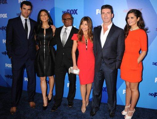 il cast di x-factor usa simon cowell paula abdul nicole scherzinger cheryl cole l.a. reid steve jones
