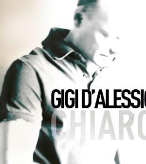 """Gigi D'Alessio presenta il nuovo album """"Chiaro"""" e assicura Loredana """"Non sarà sedotta e abbandonata"""" ..."""