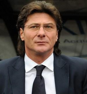 L'allenatore del Napoli Mazzarri