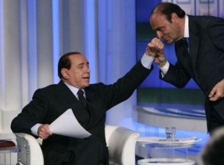 Berlusconi non va da Vespa e Bersani gli cede il posto
