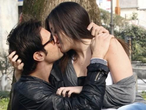 Floriana bacia Filippo