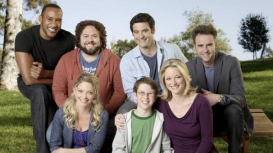 foto cast della sitcom cose da uomini