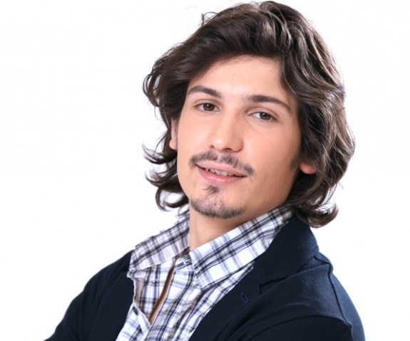 Pierdavide Carone, cantautore