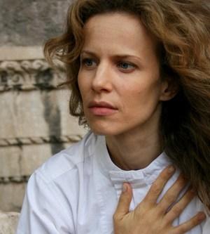 foto dell'attrice sonia bergamasco