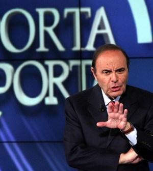Bruno Vespa non fa giornalismo a Porta a Porta