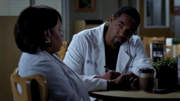 greys-anatomy-9-miranda-bailey-e-ben