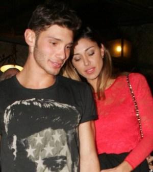 Stefano e Belen sempre più innamorati