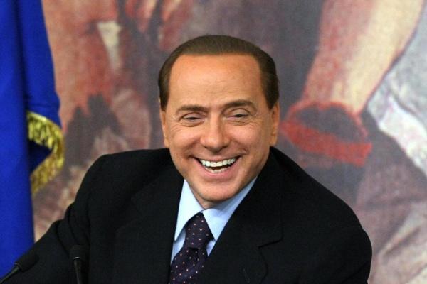 Berlusconi sfida Santoro