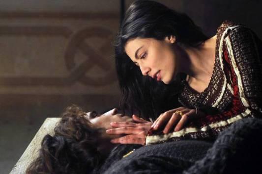 Romeo e Giulietta: Alessandra Mastronardi protagonista della miniserie tv