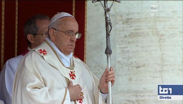 Papa Francesco canonizza Giovanni Paolo II e Giovanni XXIII