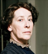 foto signora hughes downton abbey