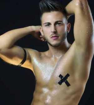 Foto Alex Palmieri Trono Gay