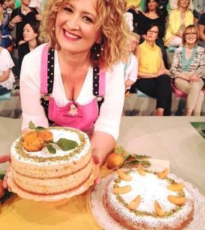 La Prova Del Cuoco Torta Allalbicocca In Padella Natalia
