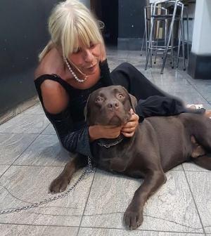 foto Gemma Galgani con un cane