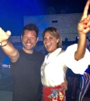 Foto Simona Ventura e Enrico Papi in vacanza in Sardegna