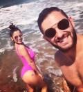 Foto Alessia Macari felice in spiaggia