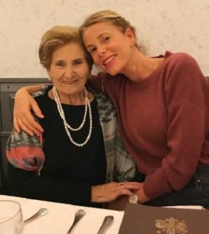 foto alessia marcuzzi insieme alla nonna