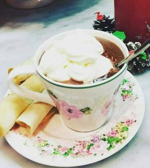 Benedetta Parodi Cioccolata Calda Gelato Al Pandoro Panettorta