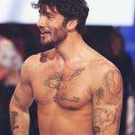 Stefano De Martino fa un'amara confessione sul suo corpo