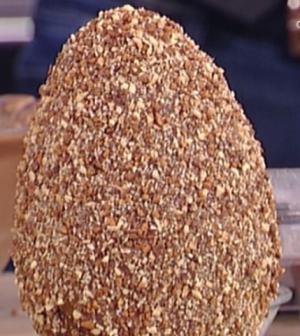 foto uova di Pasqua alla nocciola